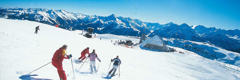 mayrhofen-winter-skifahrer-2.jpg